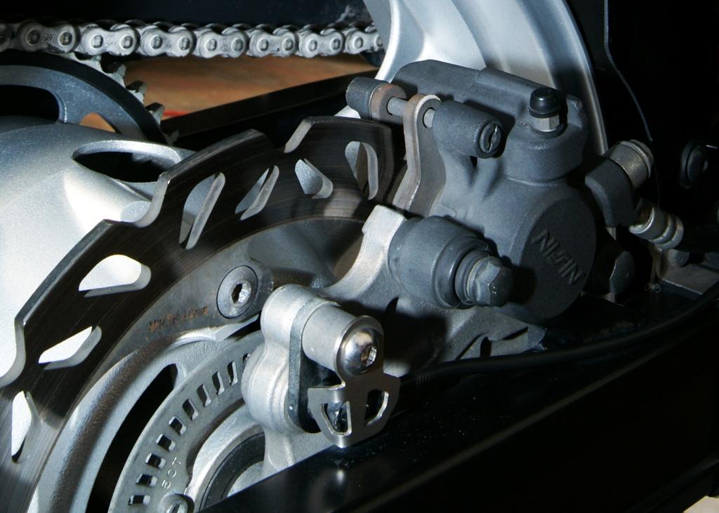 Προστατευτικό πίσω ABS σένσορα - Gvf.gr