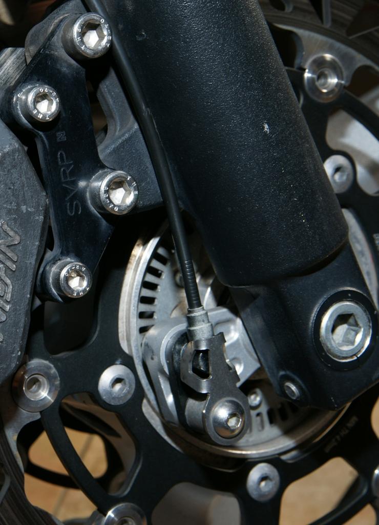 Προστατευτικό εμπρός ABS σένσορα - Gvf.gr
